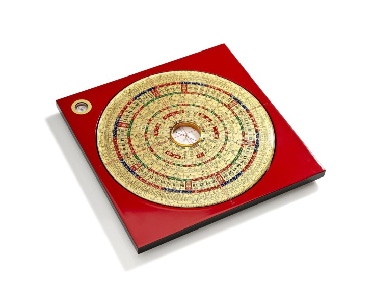 19322647 - chinese feng shui compass on white background